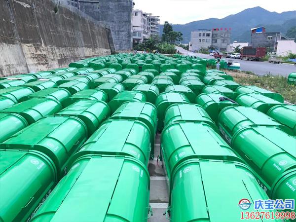 贵州望谟县环卫车垃圾箱顺利验收(图7)
